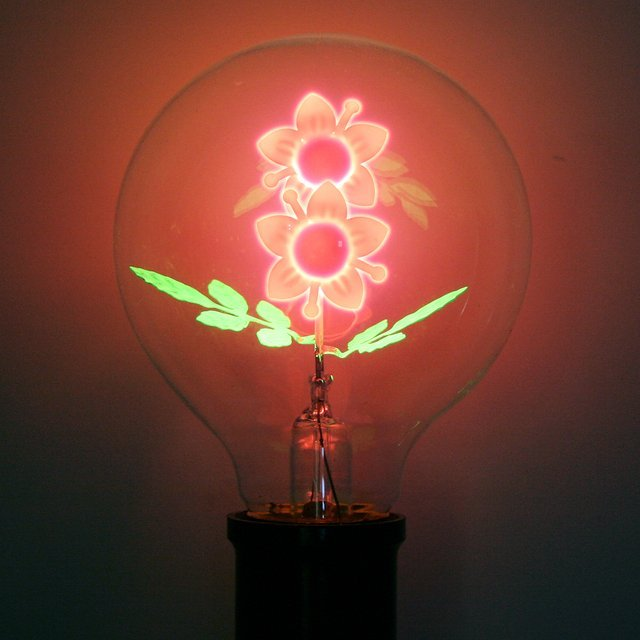 Flower Filament Light Bulb