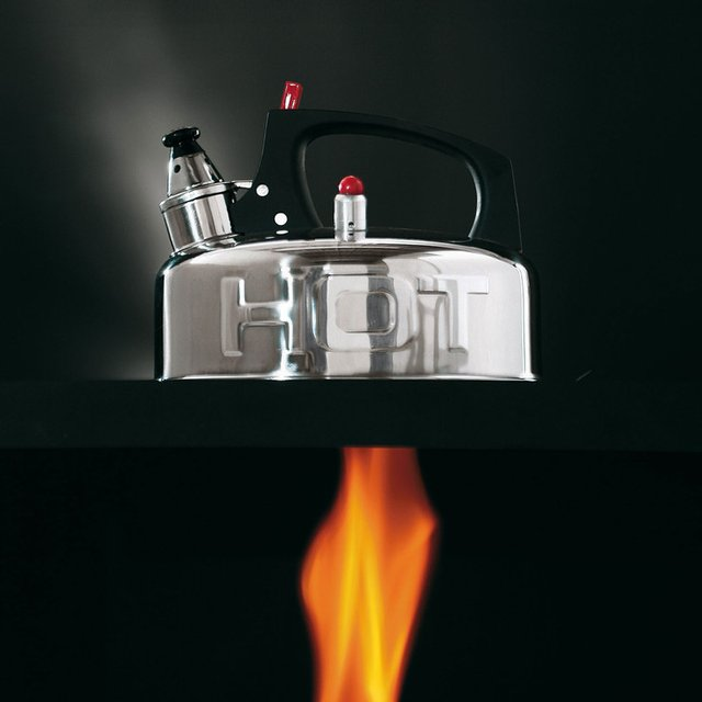 Hot Kettle by Seletti