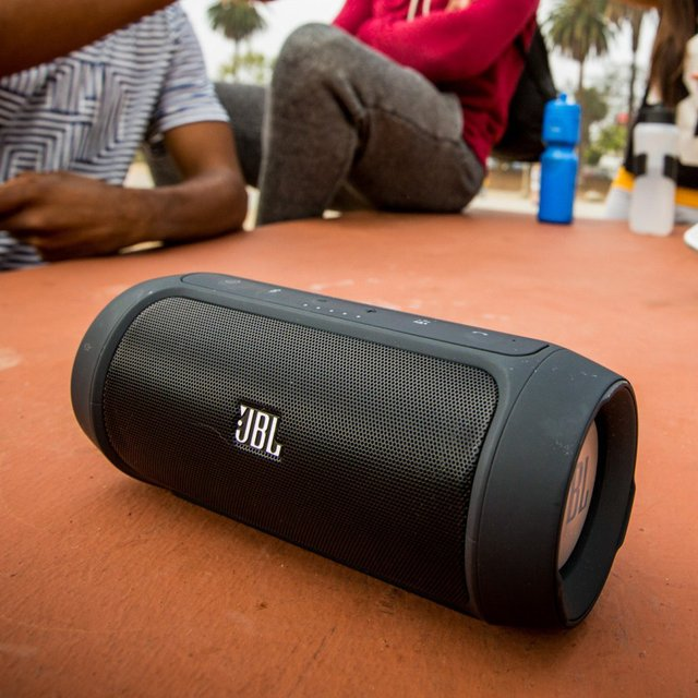 JBL Charge 2 Wireless Bluetooth Speaker