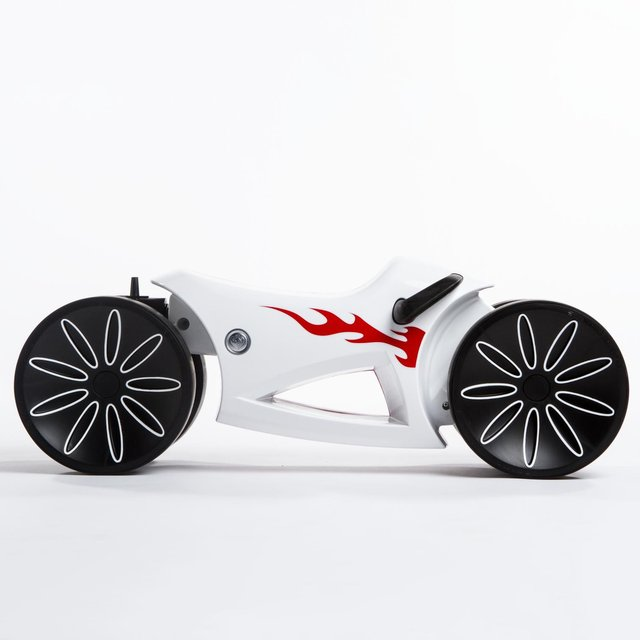 yoMOTO Ride-On Toy by Prince Lionheart