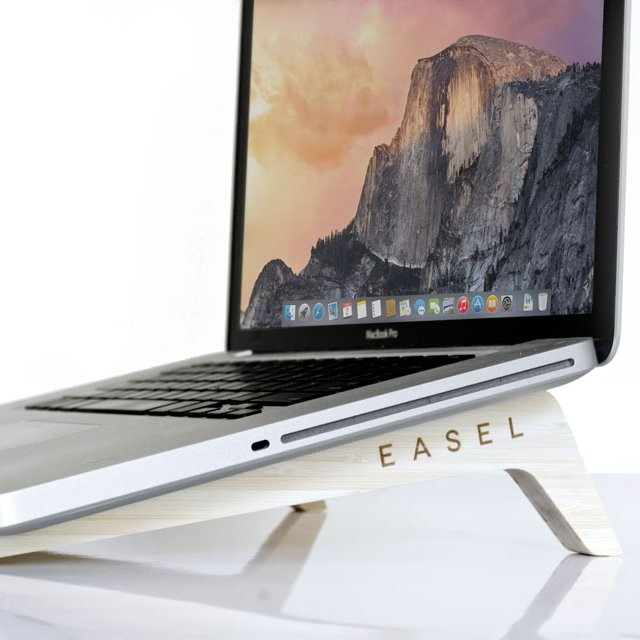 Easel Laptop Stand by iSkelter