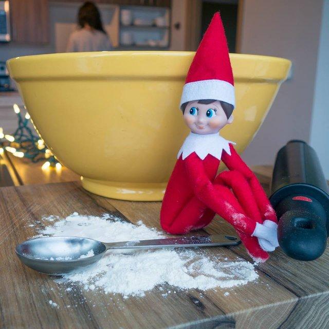 The Elf on the Shelf Set