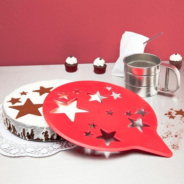 Star Cake Stencil by Koziol