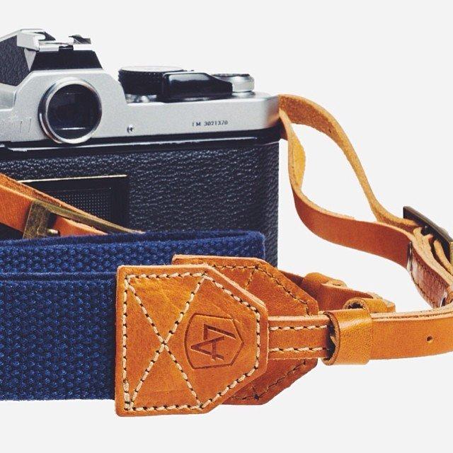 Porter Canvas/Suede Camera Strap by A7