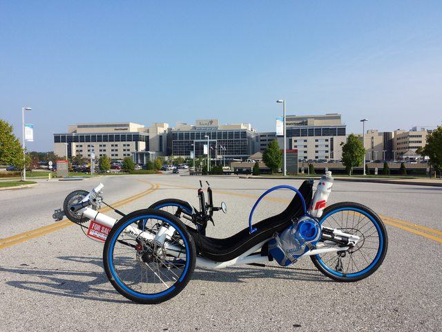Performer JC-70 30 Speed Recumbent Trike
