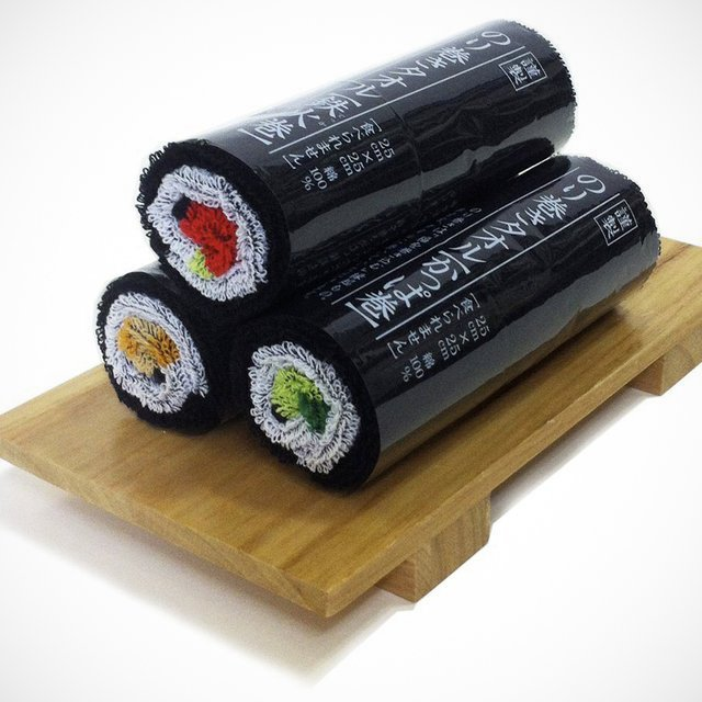 Norimaki Sushi Roll Towels