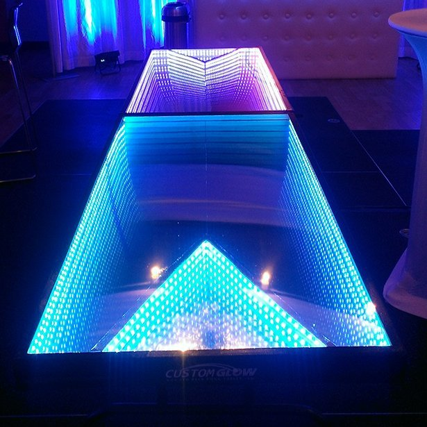Infinity Glow Party Table