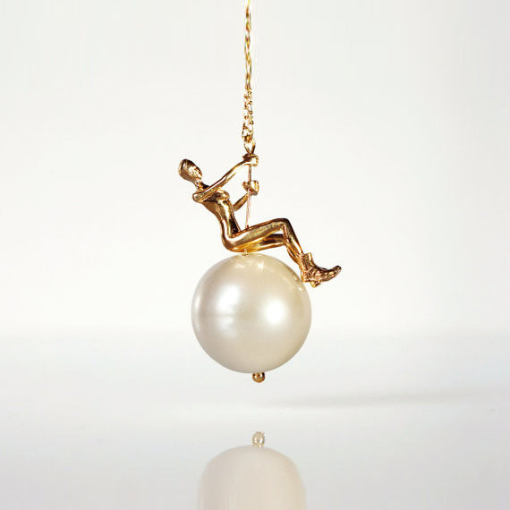 Swinging Ball Necklace