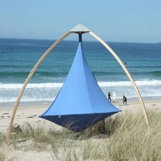 Cacoon Freestanding Wooden Tripod