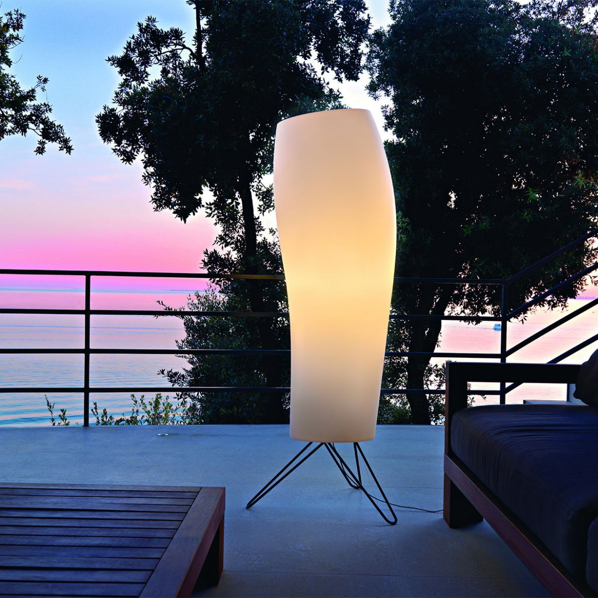 Warm Outdoor Floor Lamp