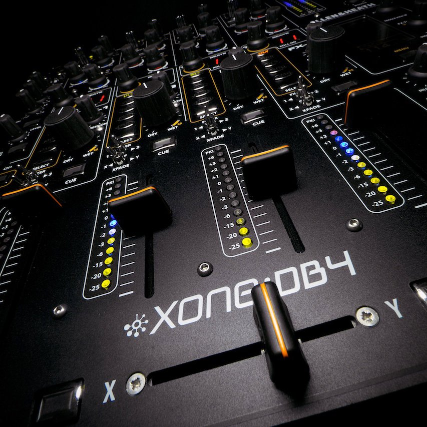 Allen & Heath XONE DB4 Mixer