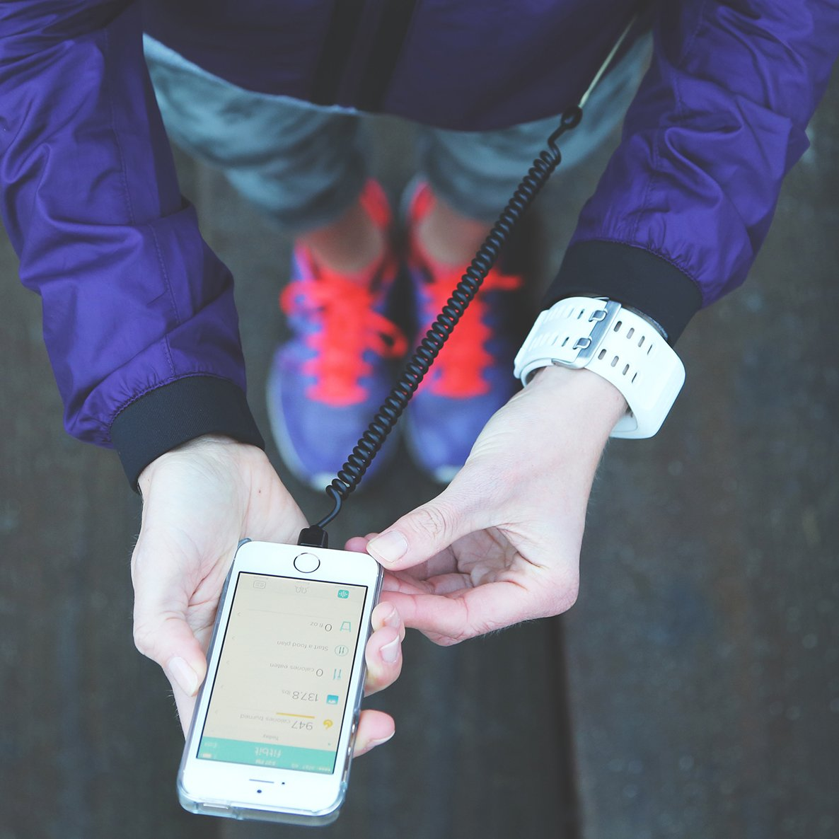 Highline iPhone Security Leash by Kenu