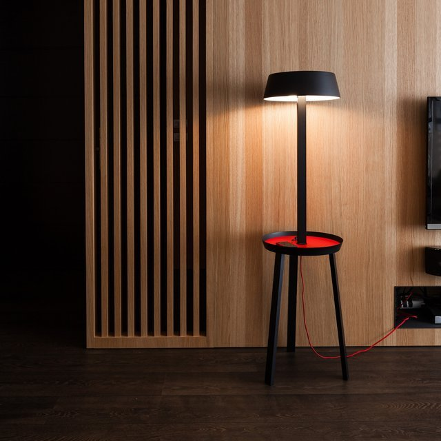 Carry Floor Lamp with USB Outlet