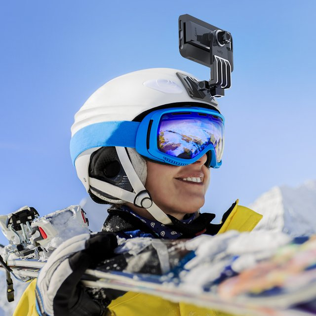 Selfy Helmet Mount by iLuv
