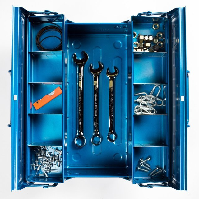 Trusco 2-Level Cantilever Tool Box