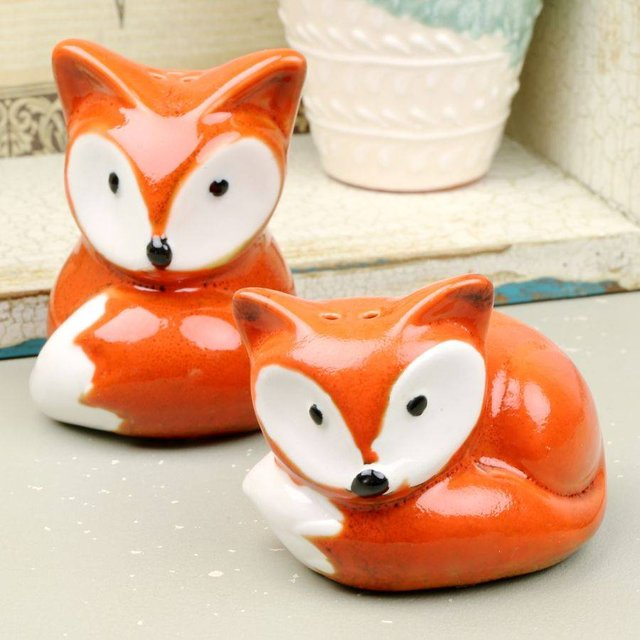 Foxy Salt & Pepper Shaker Set