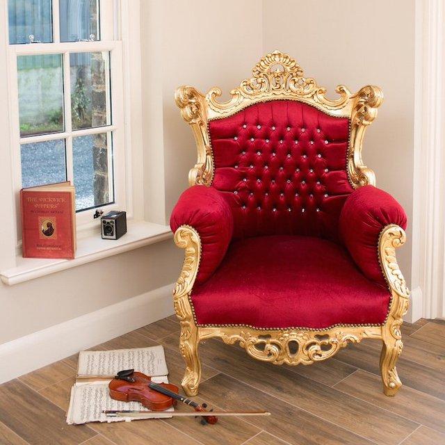 Throne Chair 187 Petagadget