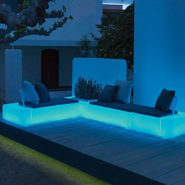 Kes Sectional LED Sofa