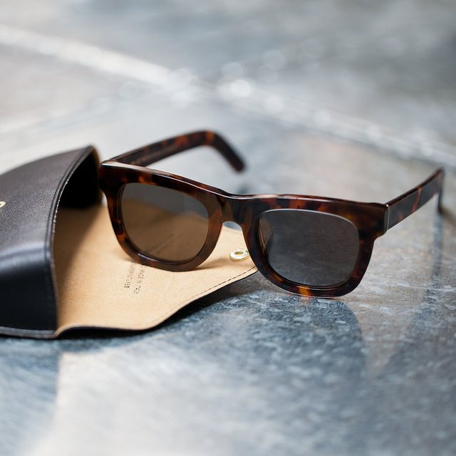 Ciccio Havana Classic Sunglasses by SUPER