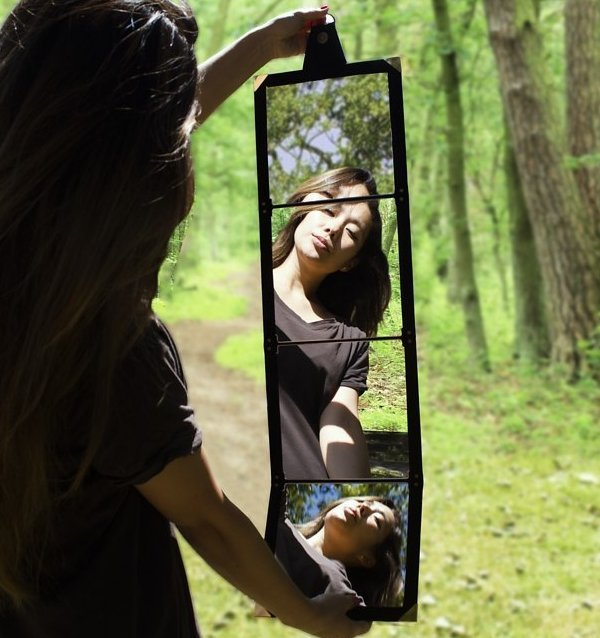 Magic Folding Mirror