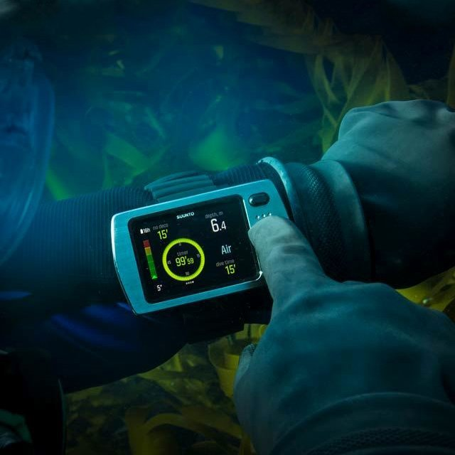 EON Steel Dive Computer by Suunto