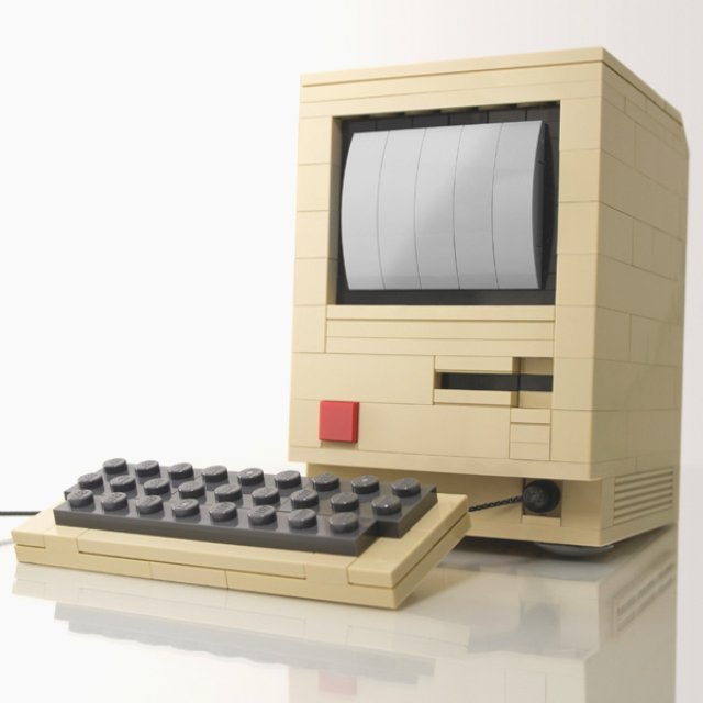 Apple Mac II LEGO Building Kit