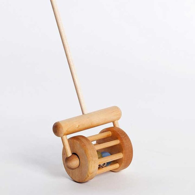 Wooden Toy Push Rattle Box
