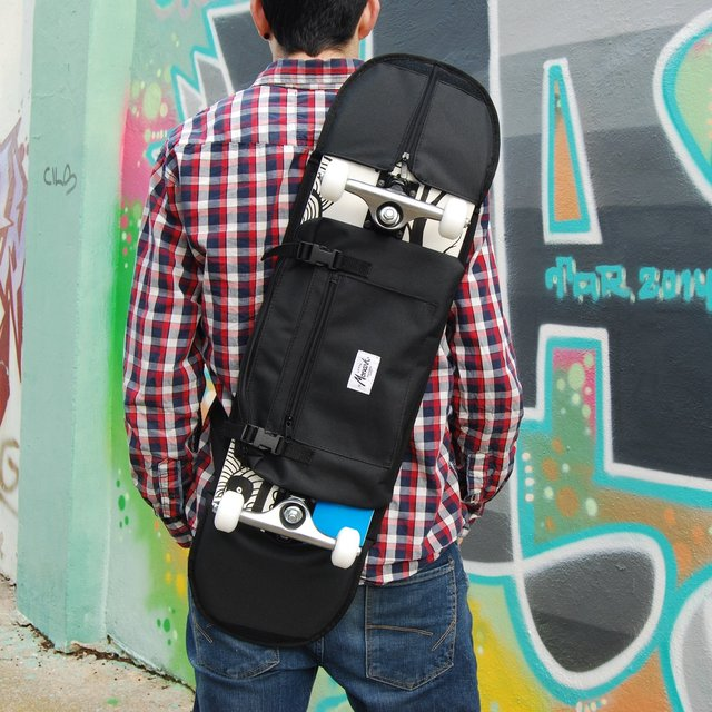 Black Skate Shoulder Bag