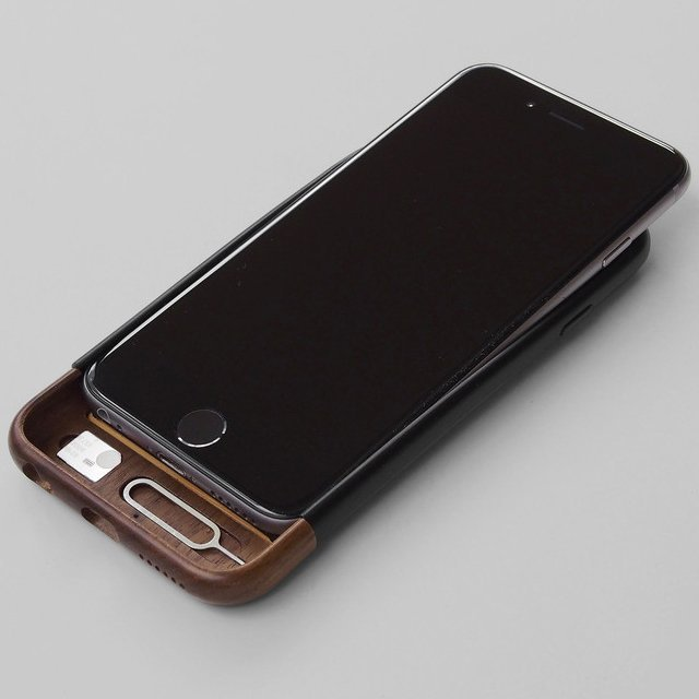 Convoy iPhone 6/6S Walnut Case