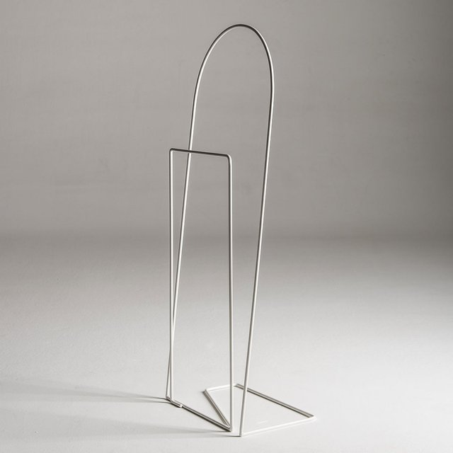 Graffa Clothes Stand