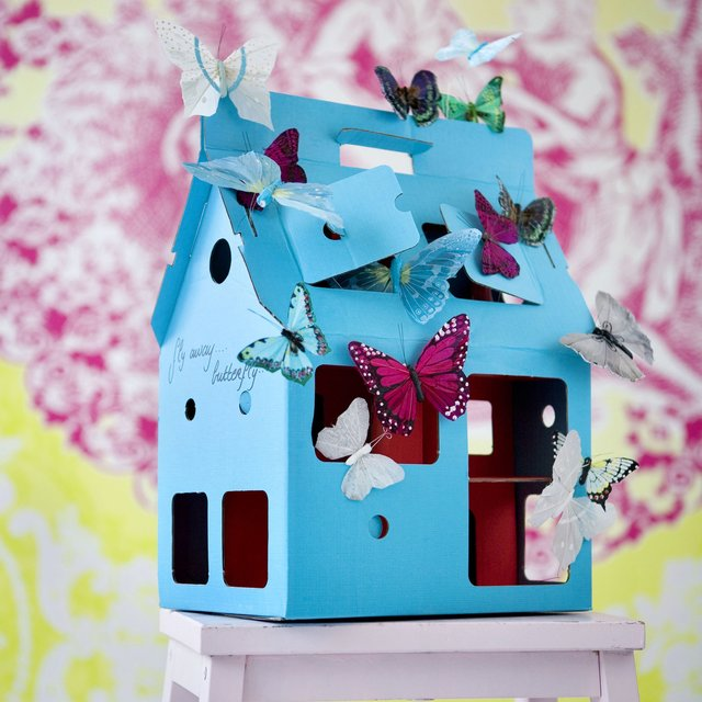 Blue MobileHome Doll House by KidsOnRoof