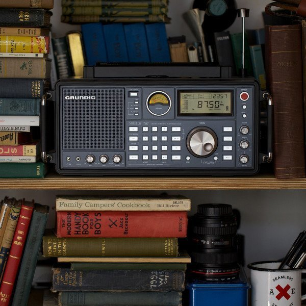 Grundig Satellit 750 Shortwave Radio