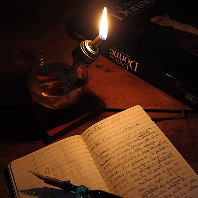 Lightbulb Lantern Wood