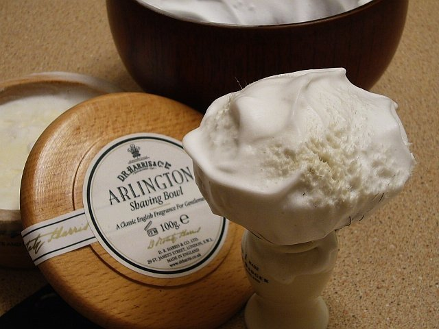 Dr. Harris Arlington Shaving Soap Mahogany Bowl