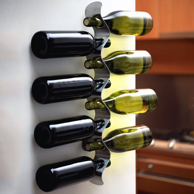 Flow Wine Bottle Holder