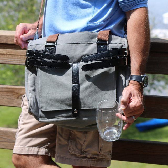 Hidden Spigot Messenger Beverage Bag