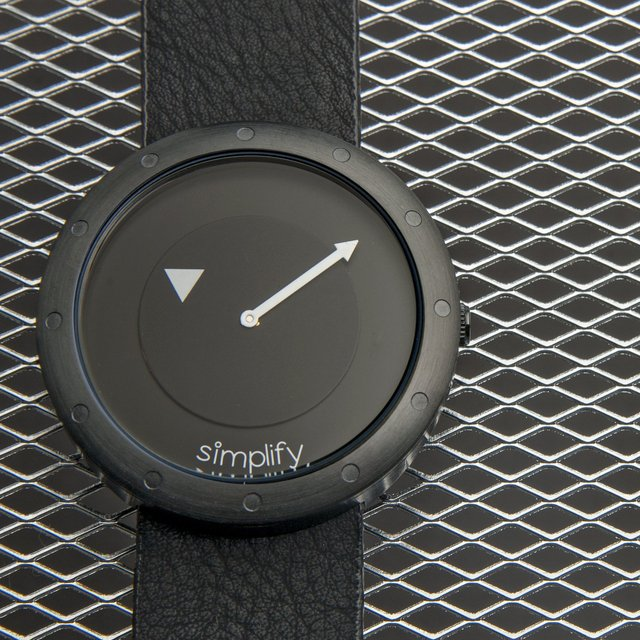 Simplify 2206 The 2200 Watch
