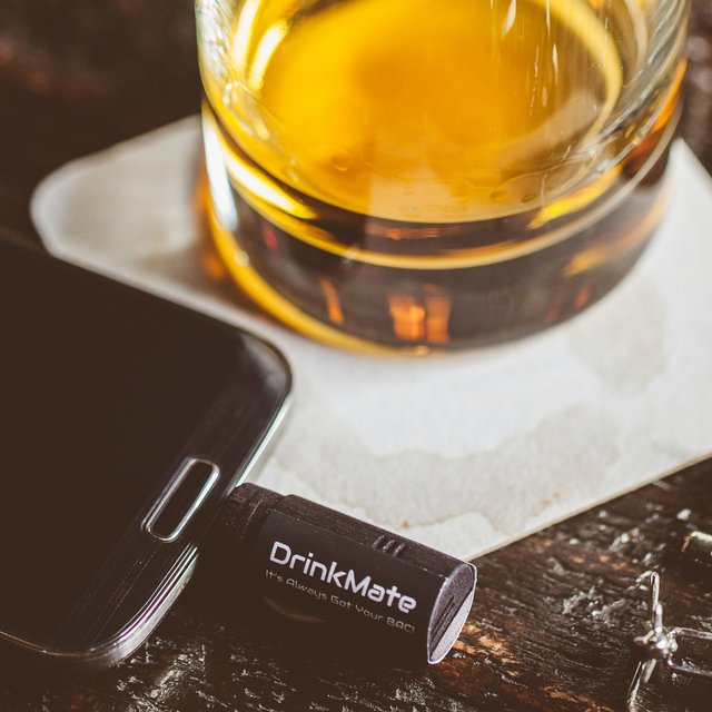 DrinkMate Smartphone Breathalyzer