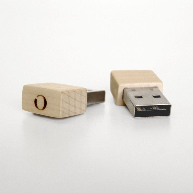 Wooden Bluetooth Plug