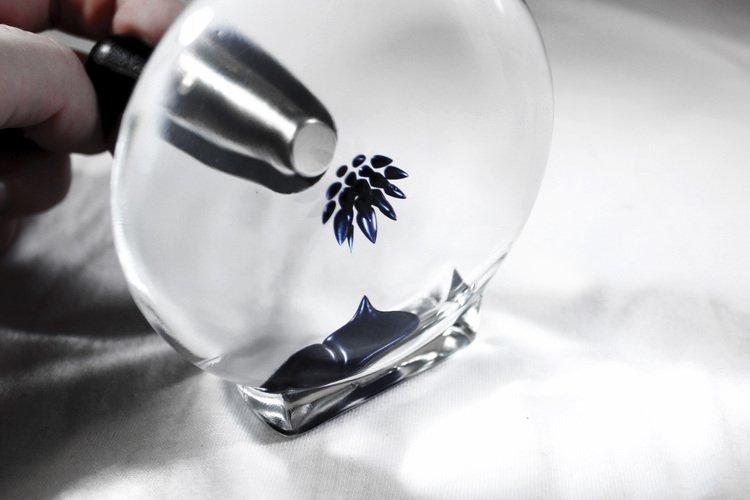 Blu Ferrofluid Art Display