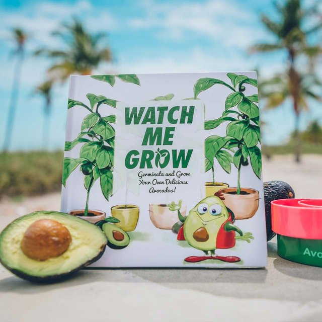 Watch Me Grow AvoSeedo Book Set