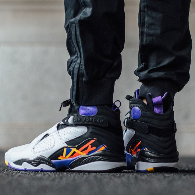 4093ee11db2b Air Jordan 8 Retro Three-Peat » Petagadget