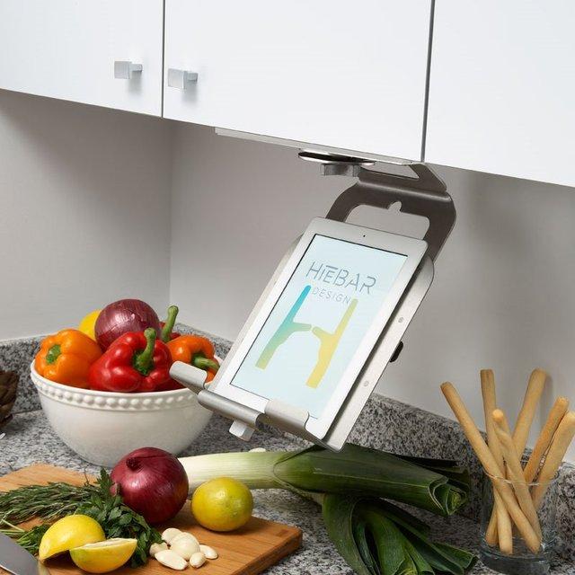 The HieBAR Kitchen Media Platform
