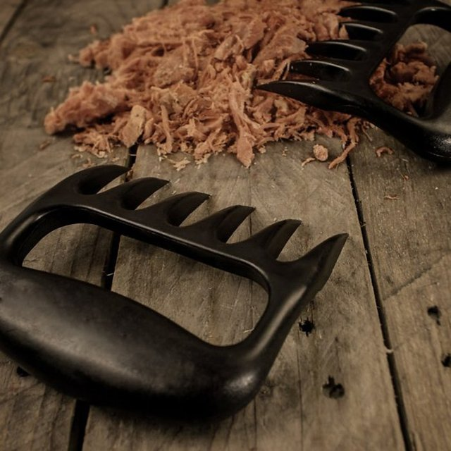 BBQ Bear Shredder Claws