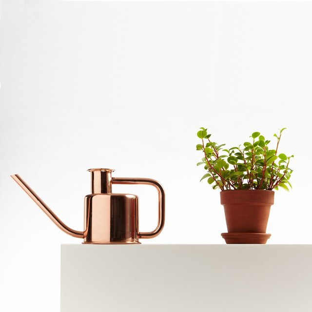 Copper Kontextür Watering Can
