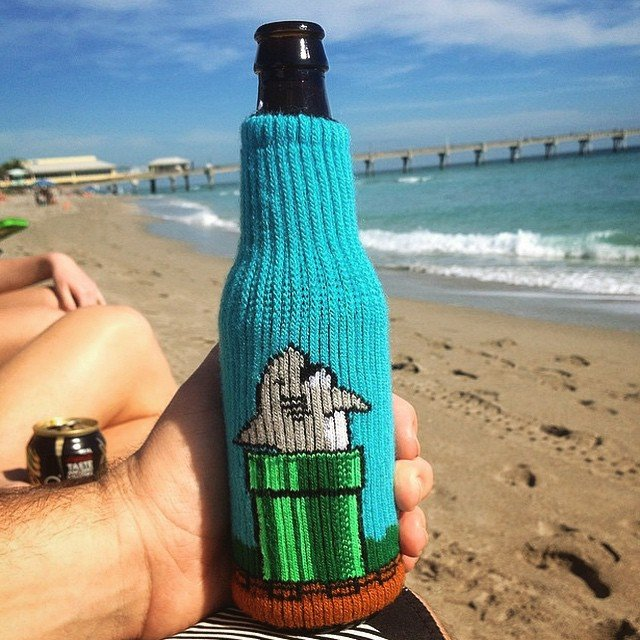 Shark Tube Beverage Insulator by Freaker USA