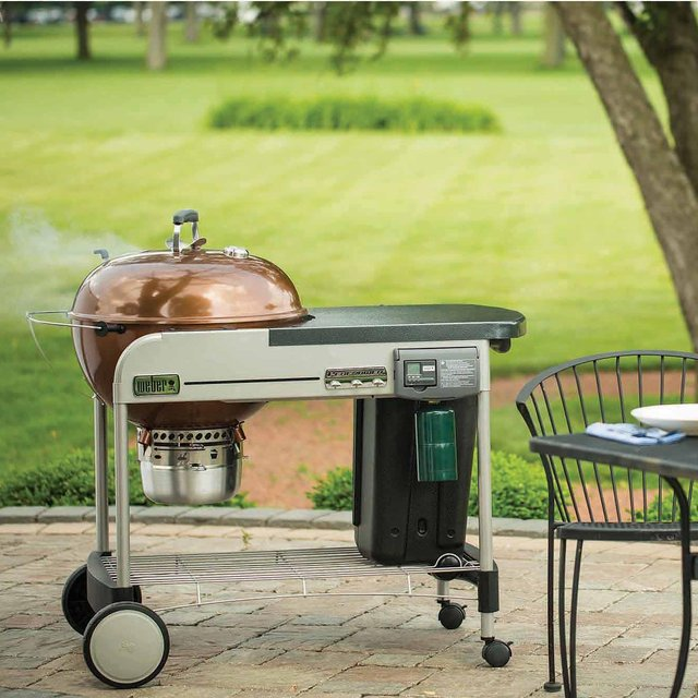 Weber 22″ Performer Deluxe Charcoal Grill