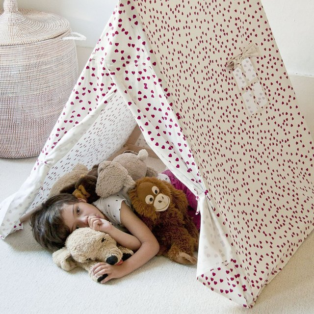 Heart Print Play Tent