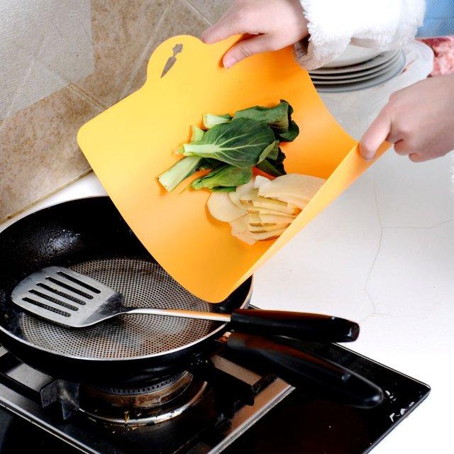 Chop & Pour Flexible Cutting Board Set