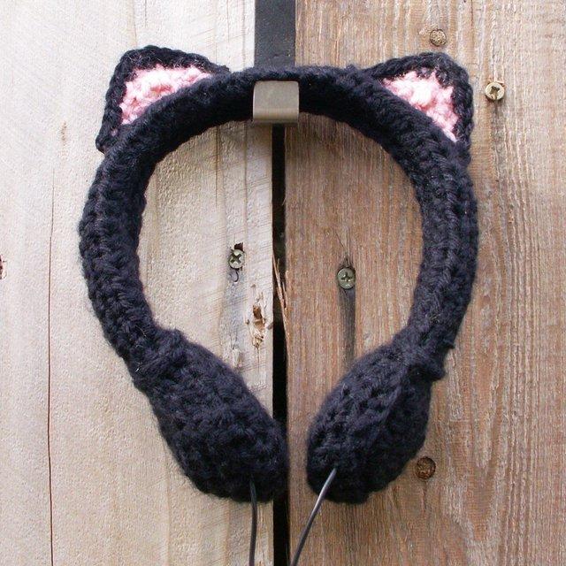 Black Cat Crocheted Headphones